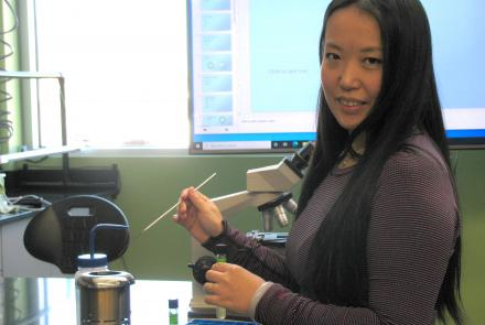 Yi Zheng Logan at a science lab at the Hawaii Community College – Palamanui campus in North Kona.